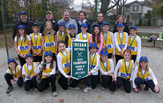 Rolph Rd. Grade 6 slo-pitch team