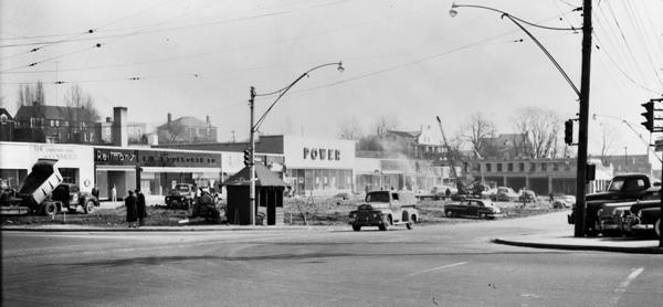 Building Sunnybrook Plaza 1952