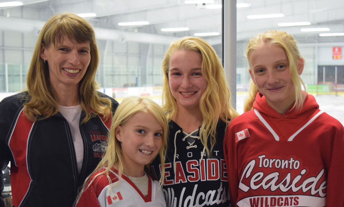 Dewey-Decker Girls in hockey Jerseys