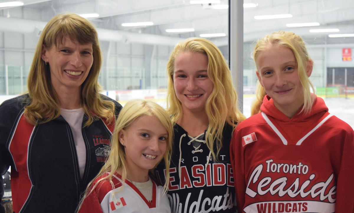 Dewey-Decker Girls in hockey Jerseys