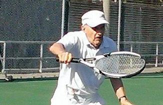 Ivar playing tennis.