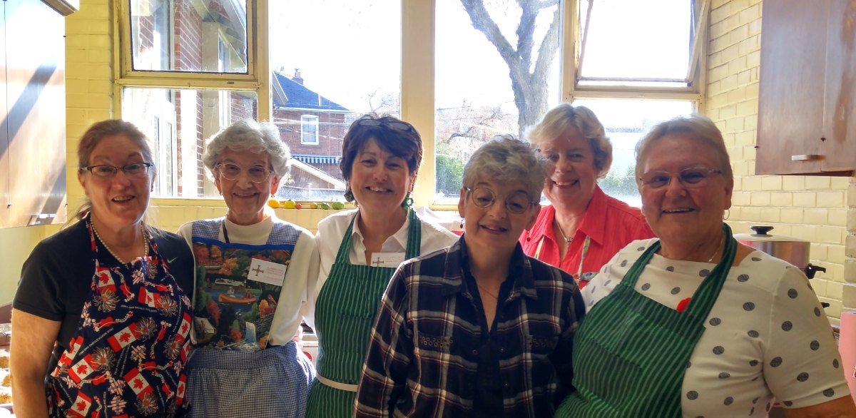 160 luncheons prepared, and they're still smiling. L to R: Mary Turner, Ruth Bates, Heather Conolly, Jan Goodman, Betty Crichton and Diane Gray. Photo by Karli Vezina.