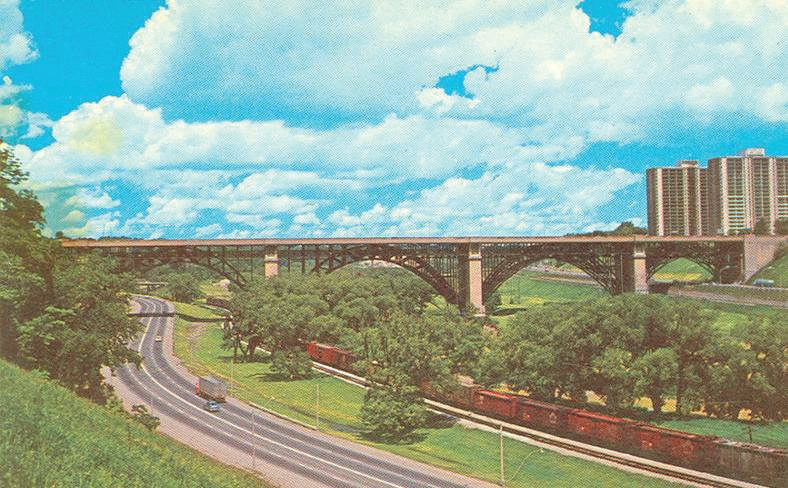 The Bayview Extension in an undated postcard. By John Chuckman.
