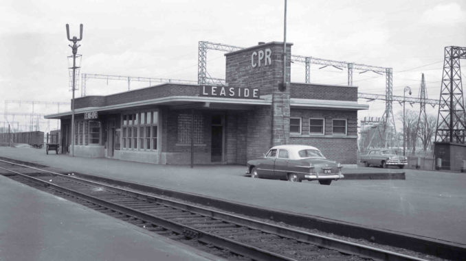 The former Leaside Railway Station