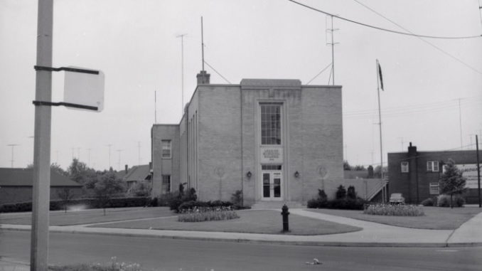 Leaside Municipal Building, McRae Drive, s.w. cor. Randolph Road; looking s. Salmon, James Victor (Canadian, 1911-1958)