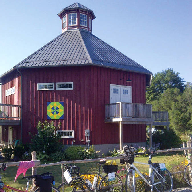 Crazy 8 Barn, an eight-sided barn constructed in 1880.