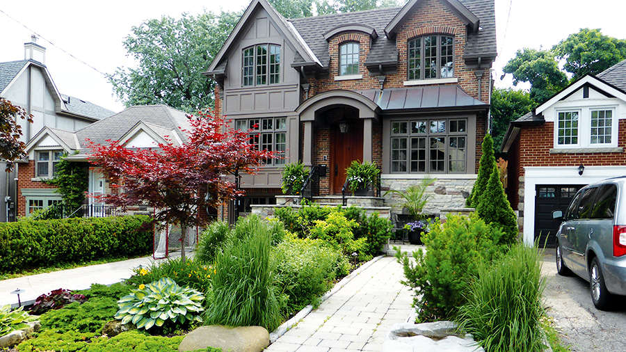 "The ""Garden of Distinction"" at 143 Airdrie Road."