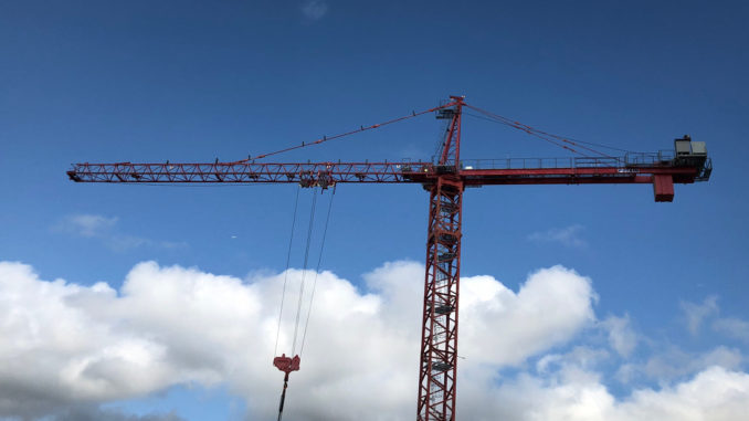 A construction crane in Leaside.