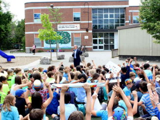 MP Rob Oliphant talks to students at Northlea Elementary.