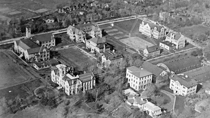 Queen's University in 1919.