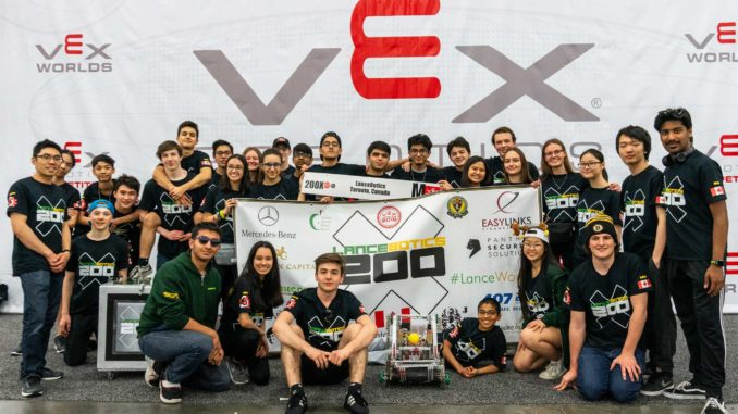 The Leaside High School Lancebotics team.