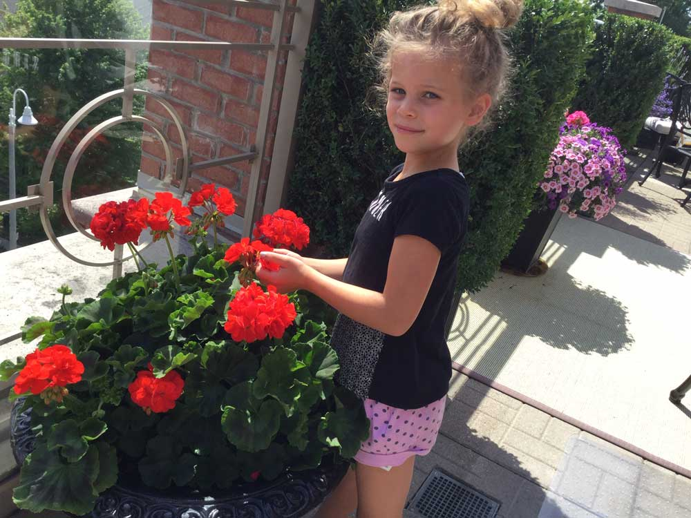 Pat's granddaughter Vienna age 6.