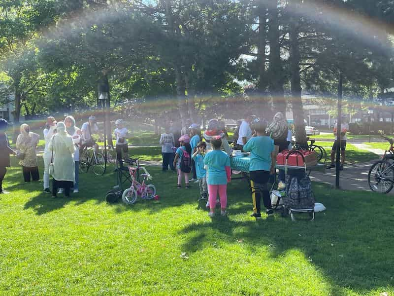 The sun was out and shining for the Tour de Thorncliffe Kick-off!