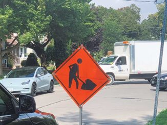 Image of a typical traffic day in Leaside. Photo by Robin Dickie.